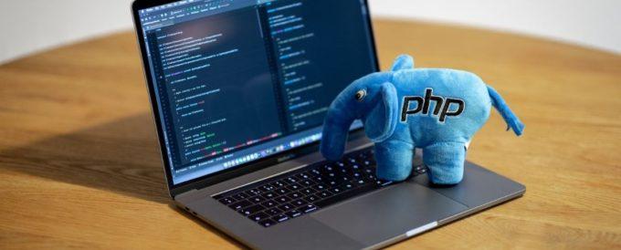 """Kurs PHP w Projekcie """"Przyszły Programista"""" – wywiad z programistą PHP"""